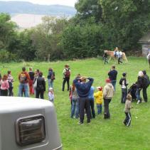 děti na zámecké zahradě na koních Lucky Drásov jpg (1)