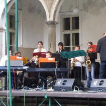 vystoupení jazzového orchestru jpg (3)