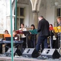 vystoupení jazzového orchestru jpg (4)