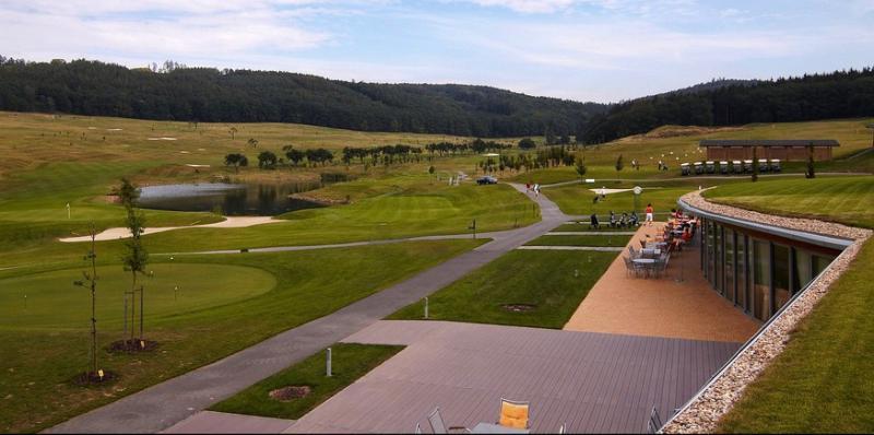 Golf Kaskáda, obrázek se otevře v novém okně